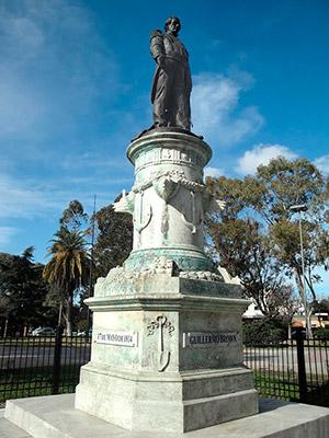 Monumento Alte. Brown